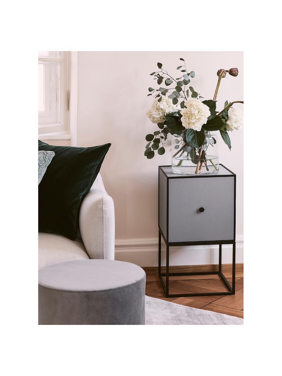 Design Beistelltisch Frame mit Türe in Grau, Korpus: Mitteldichte Holzfaserpla, Gestell und Rahmen: Schwarz Korpus: Dunkelgrau, 35 x 63 cm