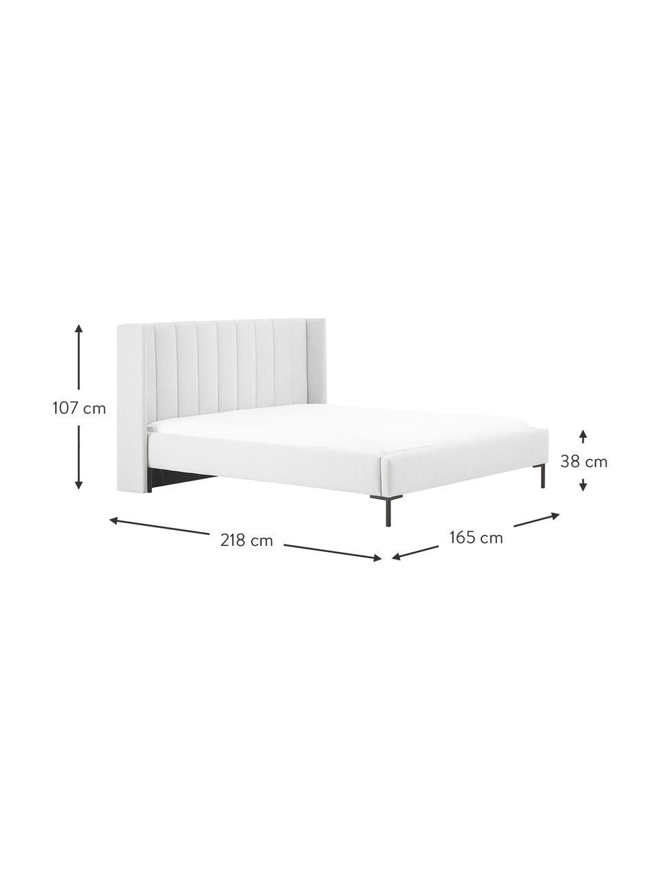 Gestoffeerd bed Dusk in lichtgrijs, Bekleding: fijn gestructureerde gewe, Frame: massief grenenhout en pla, Poten: gepoedercoat metaal, Lichtgrijs, 200 x 200 cm