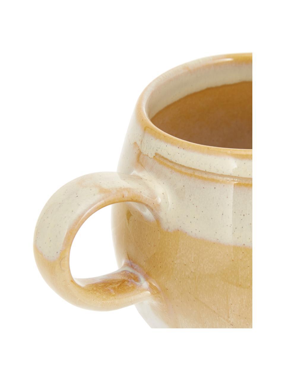 Handgemachte Tasse April mit effektvollen Farbverläufen, Steingut Eine Hälfte glasiert, eine Hälfte naturbelassen, was den Charakter der Handwerkskunst hervorhebt., Gelbtöne, Ø 9 x H 8 cm