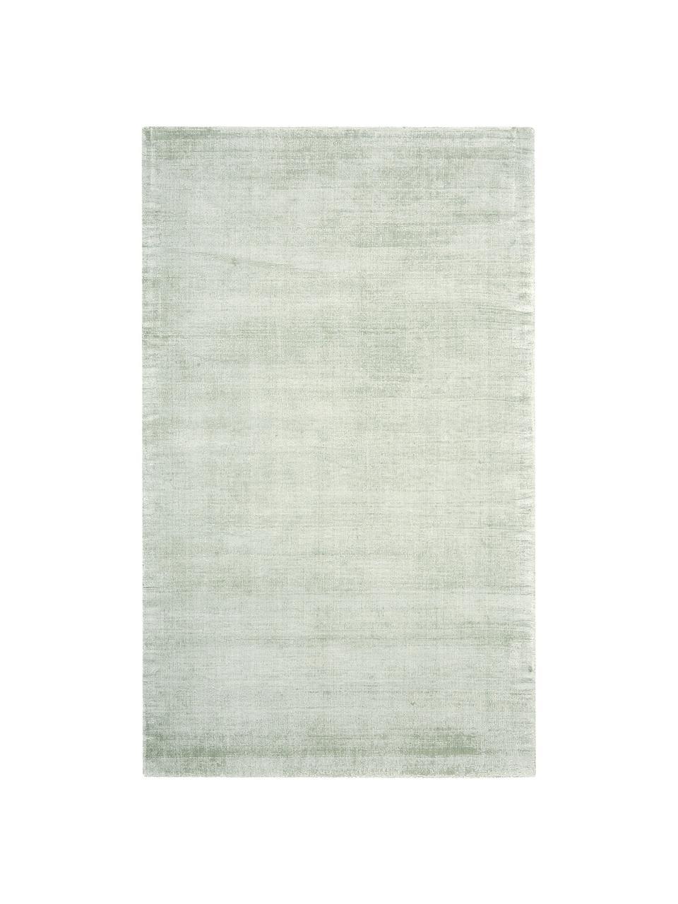 Handgeweven viscose vloerkleed Jane in lindegroen, Bovenzijde: 100% viscose, Onderzijde: 100% katoen, Lindegroen, B 120 x L 180 cm (maat S)