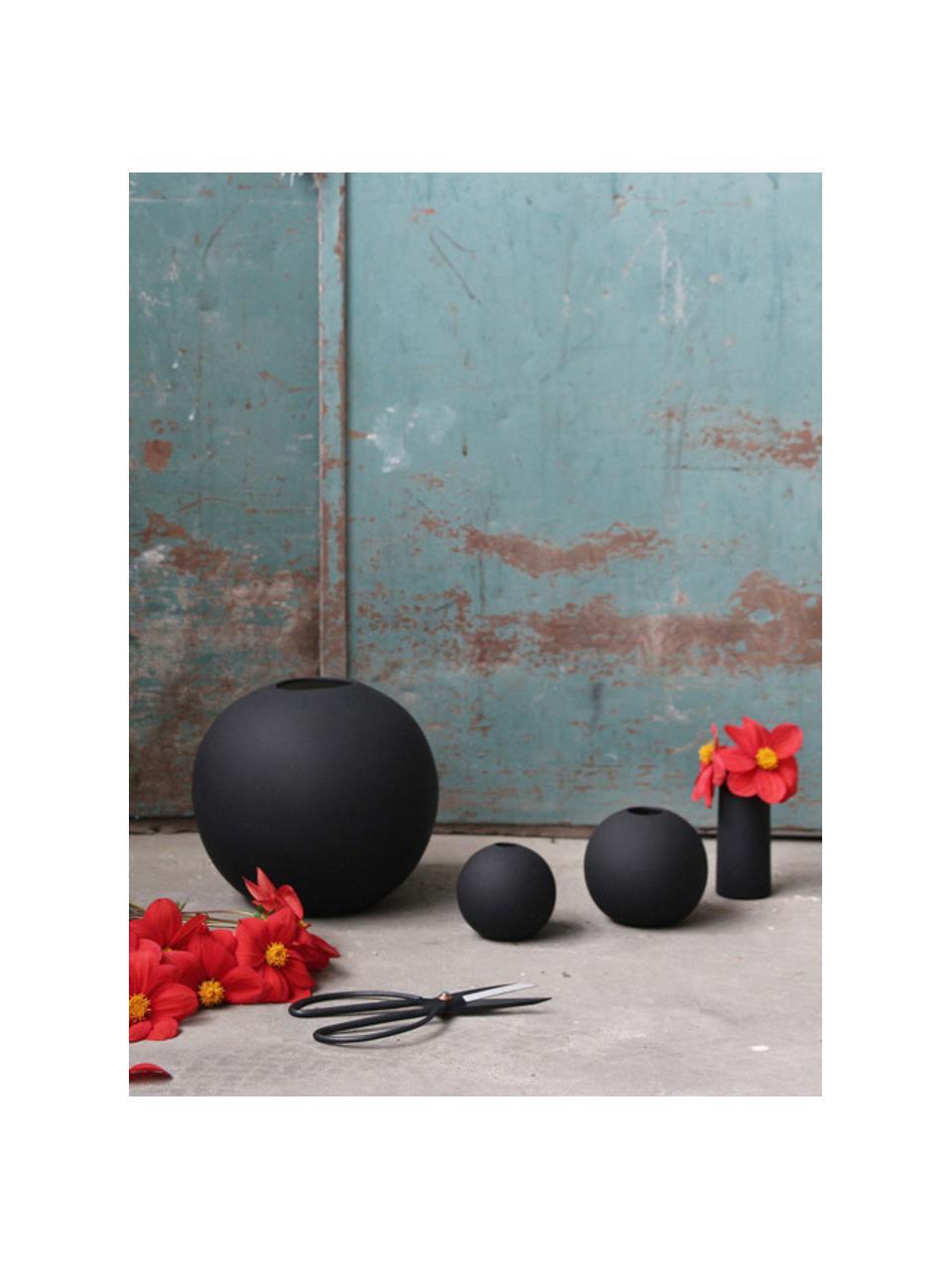 Jarrón artesanal Ball, Cerámica, Negro, Ø 10 x Al 10 cm
