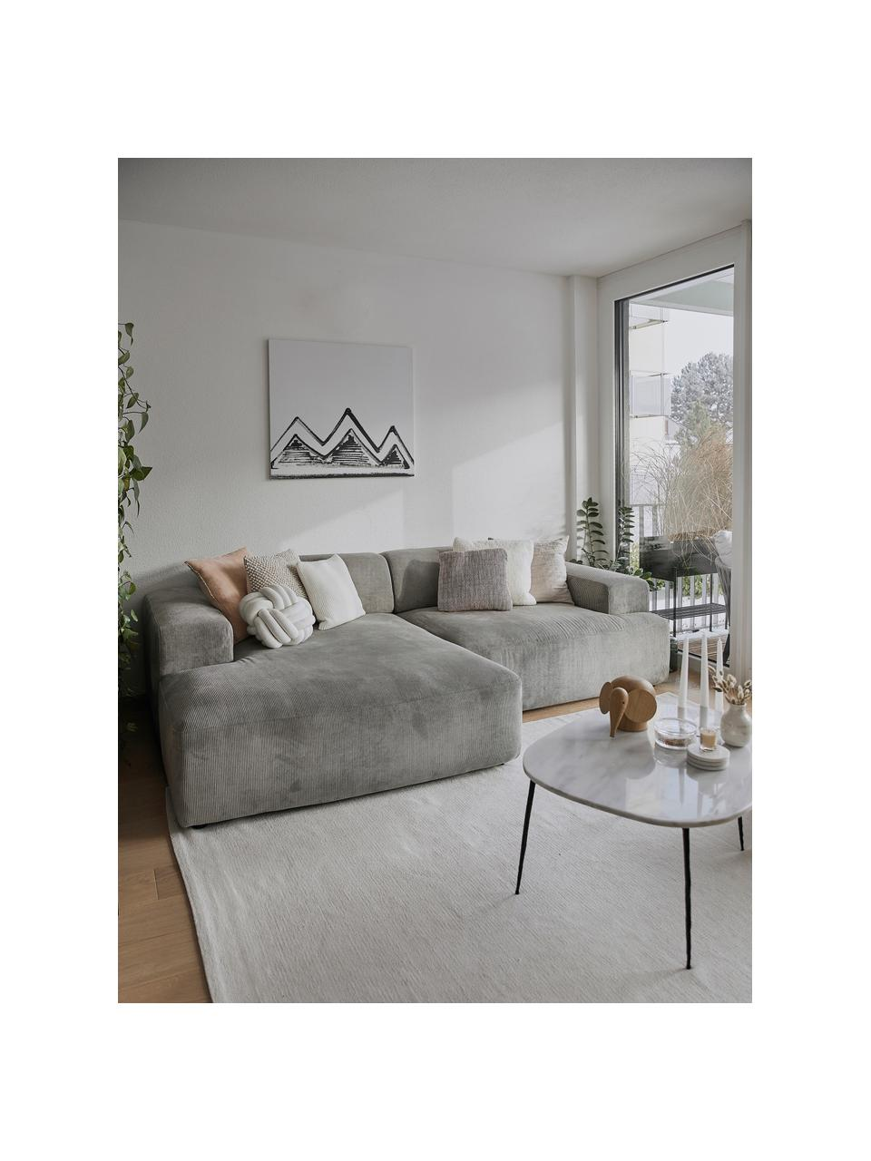 Ribfluwelen hoekbank Melva (3-zits) in grijs, Bekleding: corduroy (92% polyester, , Frame: massief grenenhout, FSC-g, Poten: kunststof, Corduroy grijs, B 239 x D 143 cm