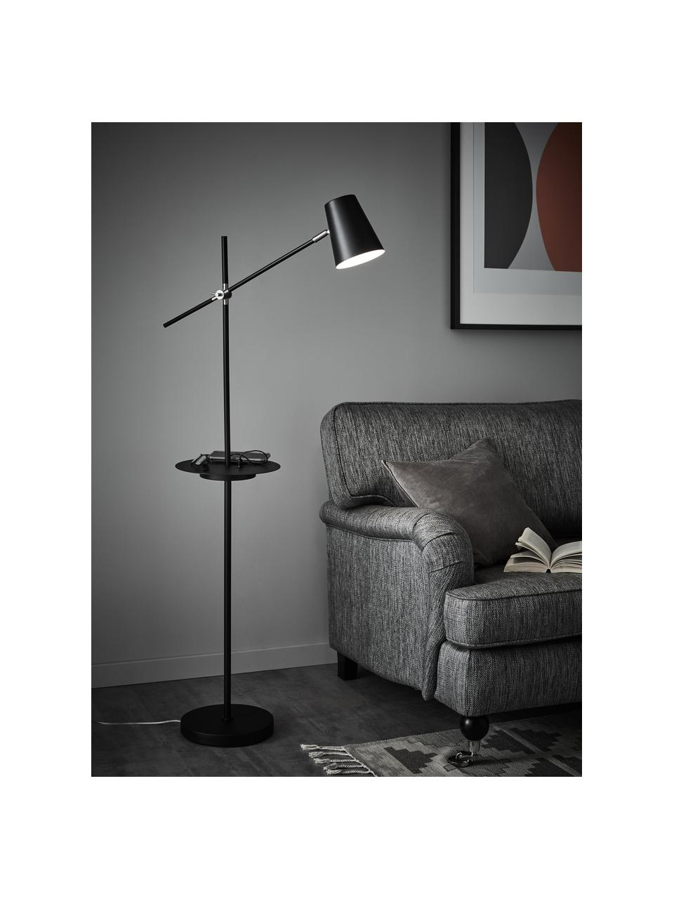 Leeslamp Linear met plank en oplader, Lampenkap: gecoat metaal, Lampvoet: gecoat metaal, Decoratie: geborsteld staal, Zwart, D 65 x H 144 cm