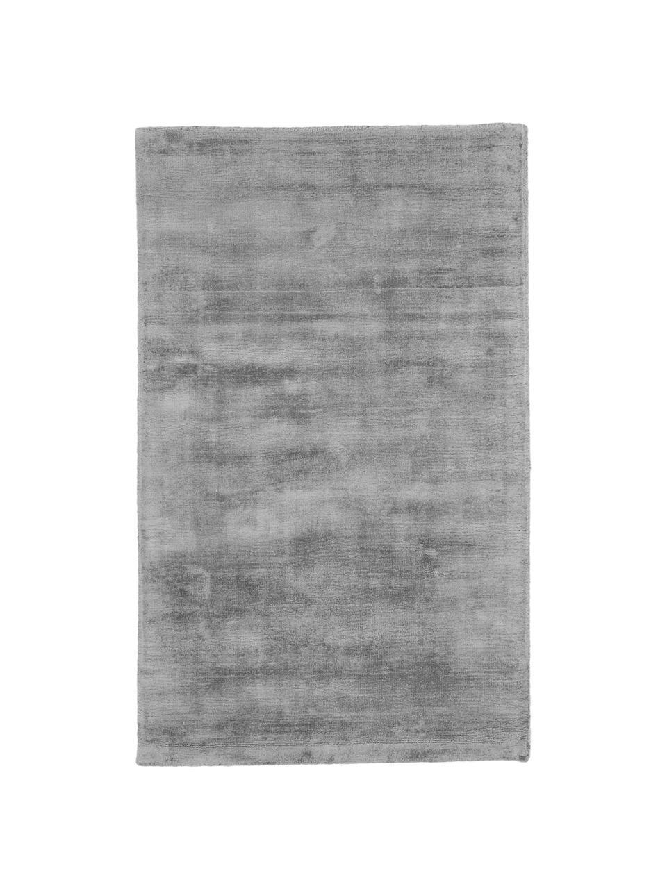Handgeweven viscose vloerkleed Jane in grijs, Bovenzijde: 100% viscose, Onderzijde: 100% katoen, Grijs, B 160 x L 230 cm (maat M)