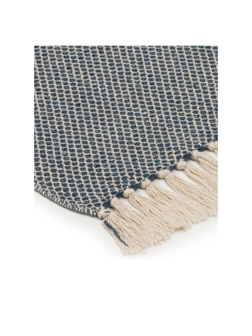 Fein gemustertes Plaid Thea mit Fransenabschluss, 58%Baumwolle,22%Polyester, 12%Acryl,4%Rayon,4%Nylon, Dunkles Marineblau, Hellbeige, 140 x 170 cm