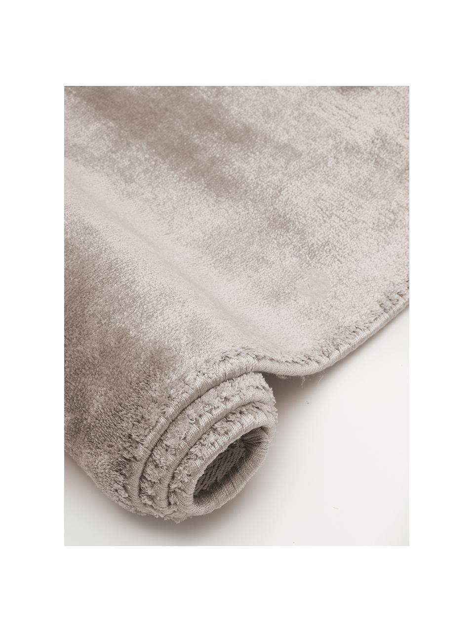 Miękki dywan z wiskozy premium Grace, Taupe, S 80 x D 150 cm (Rozmiar XS)