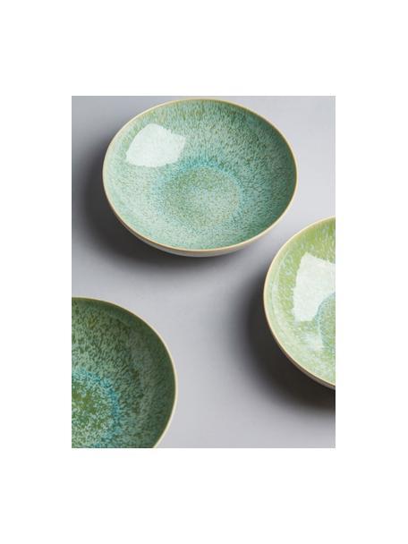 Handbemalte Servierschale Areia mit reaktiver Glasur, Ø 22 cm, Steingut, Mint, Gebrochenes Weiß, Beige, Ø 22 x H 5 cm