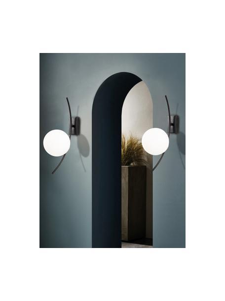 Grote wandlamp Hilal van opaalglas, Lampenkap: opaalglas, Zwart, opaalwit, 15 x 44 cm