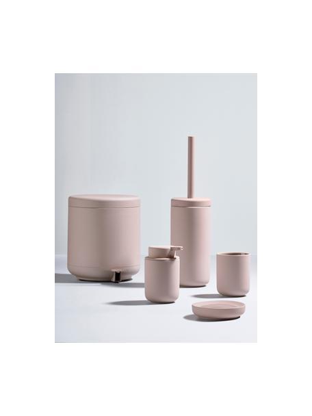 Kubek na szczoteczki z kamionki Omega, Ceramika pokryta miękką w dotyku powłoką (tworzywo sztuczne), Blady różowy, matowy, Ø 8 x W 10 cm