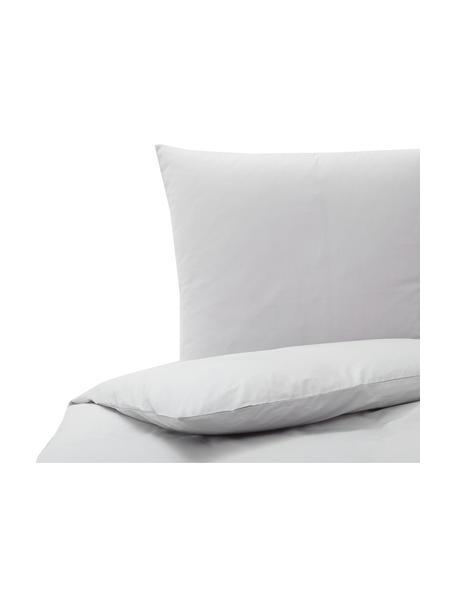 Baumwoll-Bettwäsche Weekend in Hellgrau, 100% Baumwolle Fadendichte 145 TC, Standard Qualität Bettwäsche aus Baumwolle fühlt sich auf der Haut angenehm weich an, nimmt Feuchtigkeit gut auf und eignet sich für Allergiker., Hellgrau, 135 x 200 cm + 1 Kissen 80 x 80 cm