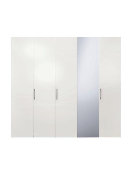 Kleiderschrank Madison in Weiß, 5-türig inkl. Spiegeltür, Korpus: Holzwerkstoffplatten, lac, Mit Spiegeltür, 252 x 230 cm