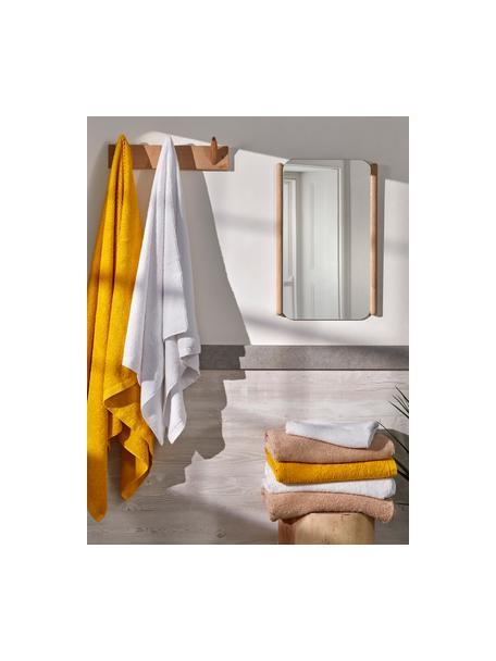 Specchio da parete con cornice in legno Natane, Cornice: pannello di fibra a media, Superficie dello specchio: lastra di vetro, Marrone, Larg. 34 x Alt. 54 cm