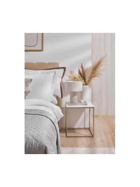 Tavolino con piano in marmo Alys, Struttura: metallo verniciato a polv, Piano: marmo bianco-grigio leggermente lucido Struttura: argentato opaco, Larg. 45 x Alt. 50 cm