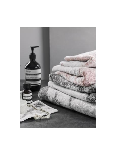 Handdoek Malin in verschillende formaten, met marmer-print, Roze, crèmewit, Gastenhanddoek
