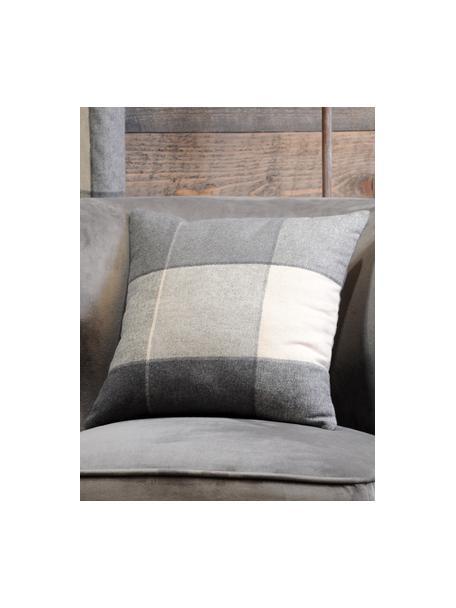 Karierte Kissenhülle Courchevel, 95% Polyester, 5% Wolle, Grau, Creme, 40 x 40 cm