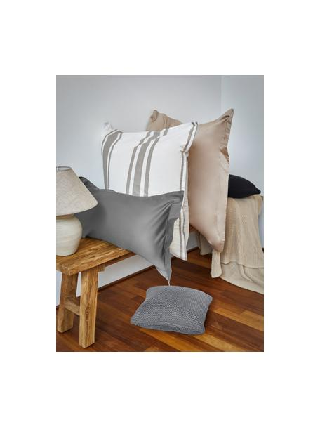 Strick-Kissenhülle Adalyn aus Bio-Baumwolle in Hellgrau, 100% Bio-Baumwolle, GOTS-zertifiziert, Hellgrau, 40 x 40 cm