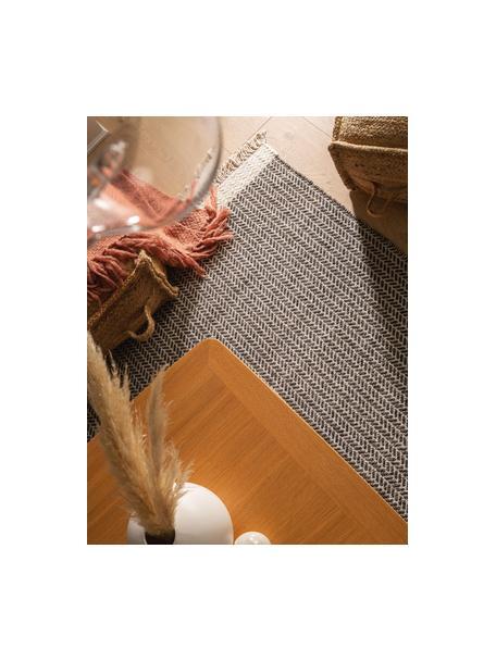 Ręcznie tkany dywan z wełny z frędzlami Kim, 80% wełna, 20% bawełna Włókna dywanów wełnianych mogą nieznacznie rozluźniać się w pierwszych tygodniach użytkowania, co ustępuje po pewnym czasie, Czarny, kremowobiały, S 80 x D 120 cm (Rozmiar XS)