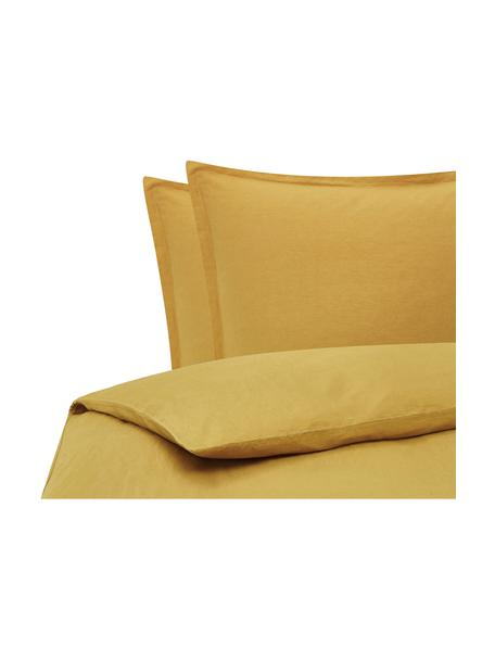 Gewaschene Leinen-Bettwäsche Nature in Senfgelb, Halbleinen (52% Leinen, 48% Baumwolle)  Fadendichte 108 TC, Standard Qualität  Halbleinen hat von Natur aus einen kernigen Griff und einen natürlichen Knitterlook, der durch den Stonewash-Effekt verstärkt wird. Es absorbiert bis zu 35% Luftfeuchtigkeit, trocknet sehr schnell und wirkt in Sommernächten angenehm kühlend. Die hohe Reißfestigkeit macht Halbleinen scheuerfest und strapazierfähig., Senfgelb, 200 x 200 cm + 2 Kissen 80 x 80 cm