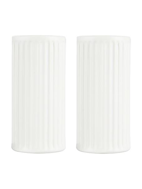 Weiße Salz- und Pfefferstreuer Groove mit Rillenstruktur, 2er-Set, Steingut, Weiß, Ø 4 x H 9 cm