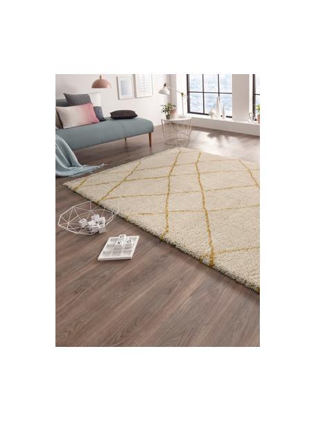 Flauschiger Hochflor-Teppich Primrose in Creme mit Rautenmuster, 100% Polypropylen, Creme, Goldgelb, B 120 x L 170 cm (Grösse S)