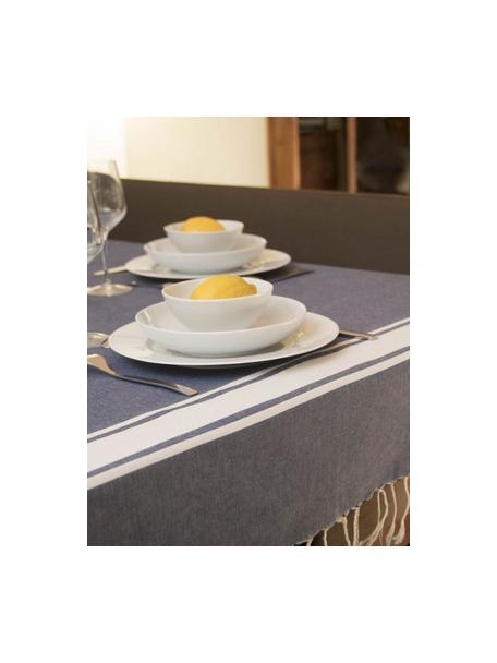 Gestreifte Baumwoll-Tischdecke St. Tropez mit Fransen, Baumwolle, Denimblau, Weiss, Für 6 - 10 Personen (B 150 x L 250 cm)