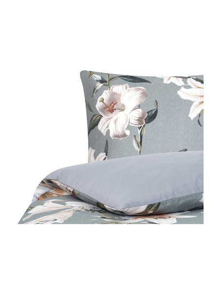 Baumwollsatin-Bettwäsche Flori in Grau mit Blumen-Print, Webart: Satin Fadendichte 210 TC,, Vorderseite: Blau, CremeweißRückseite: Blau, 135 x 200 cm + 1 Kissen 80 x 80 cm