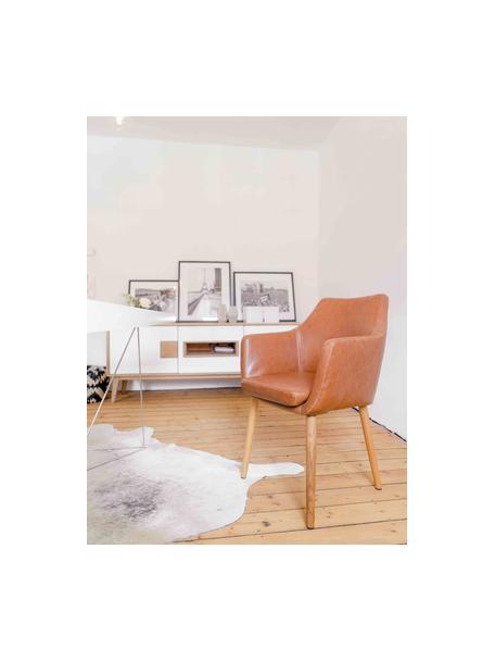Kunstleder-Armlehnstuhl Nora mit Holzbeine, Bezug: Kunstleder (Polyurethan) , Beine: Eichenholz, Kunsleder Cognac, B 56 x T 55 cm