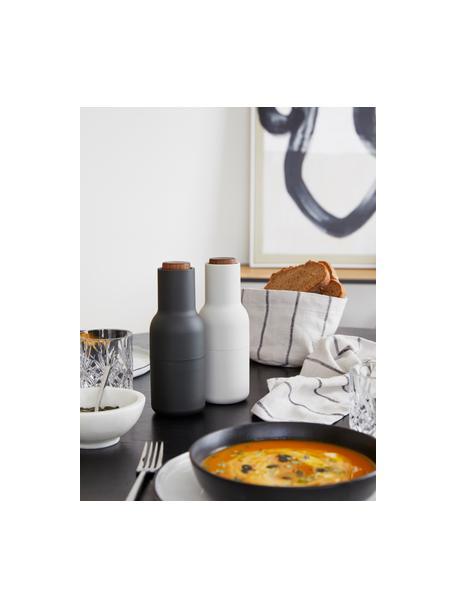 Peper- en zoutmolen Bottle Grinder, 2-delig, Frame: kunststof, Deksel: walnoothout, Antraciet, wit, Ø 8 x H 21 cm