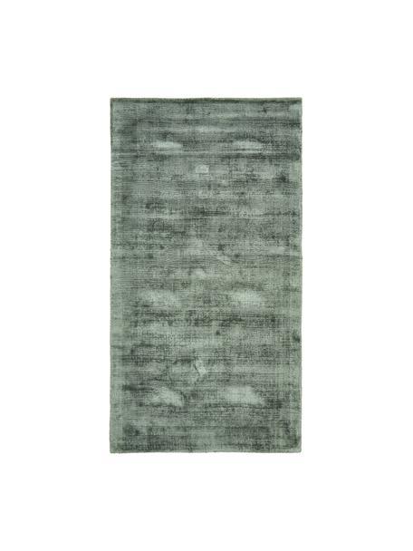 Handgeweven viscose vloerkleed Jane in groen, Bovenzijde: 100% viscose, Onderzijde: 100% katoen, Groen, B 80 x L 150 cm (maat XS)