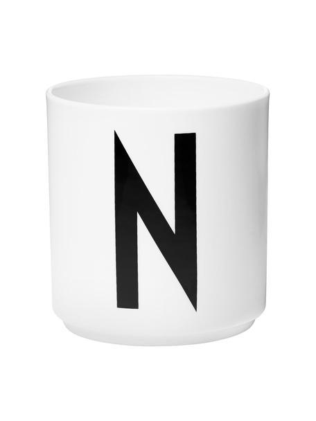 Design beker Personal met letters (varianten van A tot Z), Beenderporselein (porselein) Fine Bone China is een zacht porselein, dat zich vooral onderscheidt door zijn briljante, doorschijnende glans., Wit, zwart, Beker N