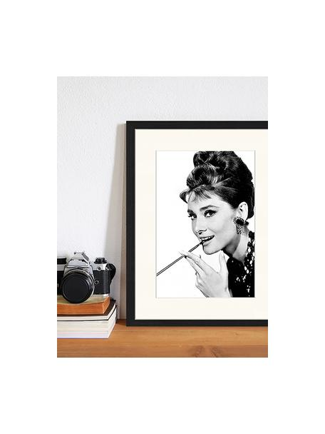 Gerahmter Digitaldruck Audrey Hepburn, Bild: Digitaldruck auf Papier, , Rahmen: Holz, lackiert, Front: Plexiglas, Schwarz, Weiß, 33 x 43 cm