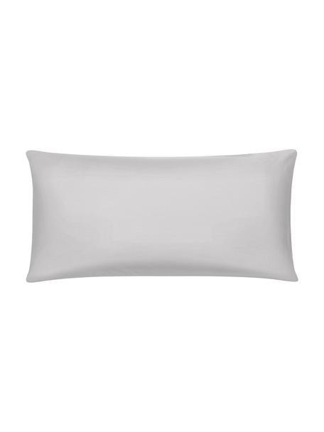 Bambus-Kissenbezüge Skye in Grau, 2 Stück, 55% Bambus, 45% Baumwolle  Fadendichte 400 TC, Premium Qualität  Bambus ist hypoallergen und antibakteriell. Daher eignet das Material sich hervorragend für empfindliche Haut. Es ist amungsaktiv und absorbiert Feuchtigkeit, um so die Körpertemperatur im Schlaf zu regulieren., Grau, 40 x 80 cm
