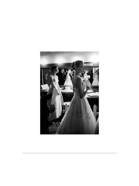 Gerahmter Digitaldruck Grace Kelly & Audrey Hepburn, Bild: Digitaldruck auf Papier, Rahmen: Kunststoff (PU), Front: Glas, Rückseite: Mitteldichte Faserplatte , Bild: Schwarz, WeißRahmen: Schwarz, 35 x 45 cm