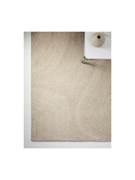 Großer handgewebter Teppich Canyon mit wellenförmiger Musterung in Beige/Weiß, 51% Polyester, 49% Wolle, Beige, B 160 x L 230 cm (Größe M)