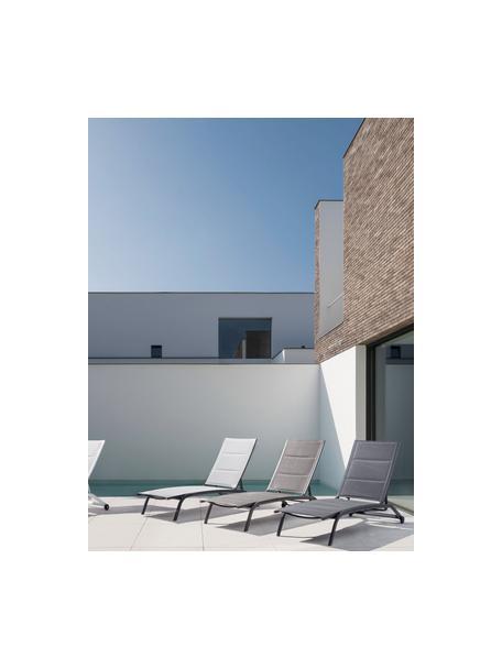 Tumbona de jardín Cleo, Estructura: aluminio con pintura en p, Tapizado: tela, Ruedas: plástico, Gris antracita, negro, L 192 x An 61 cm