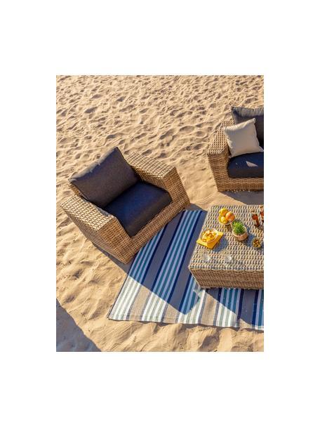 Outdoor fauteuil Saba, Frame: polyrotan, UV-bestendig, Poten: massief acaciahout, Frame: aluminium, Bekleding: polyester, UV-bestendig e, Bruin, 112 x 74 cm