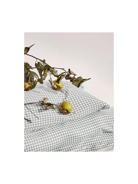 Karierte Baumwoll-Kopfkissenbezüge Scotty in Grau/Weiß, 2 Stück, 100% Baumwolle  Fadendichte 118 TC, Standard Qualität  Bettwäsche aus Baumwolle fühlt sich auf der Haut angenehm weich an, nimmt Feuchtigkeit gut auf und eignet sich für Allergiker, Hellgrau/Weiß, 40 x 80 cm