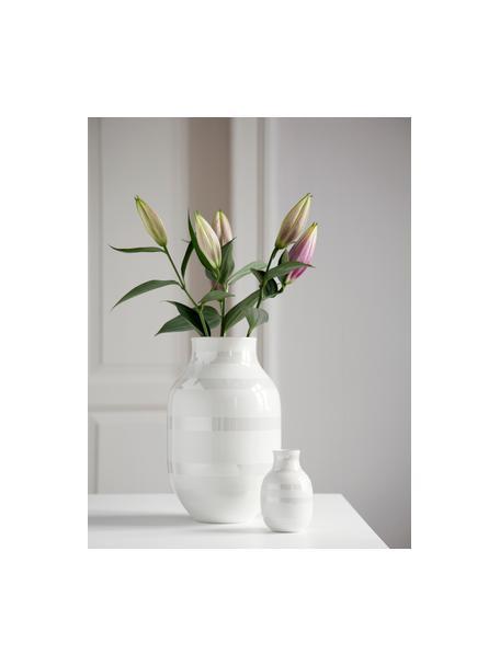 Duży ręcznie wykonany wazon Omaggio, Ceramika, Biały, odcienie perłowe, Ø 20 x W 31 cm