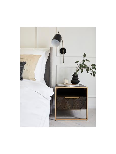 Szafka nocna z litego drewna mangowego Harry, Korpus: lite drewno mangowe, laki, Drewno mangowe, odcienie złotego, S 45 x W 45 cm