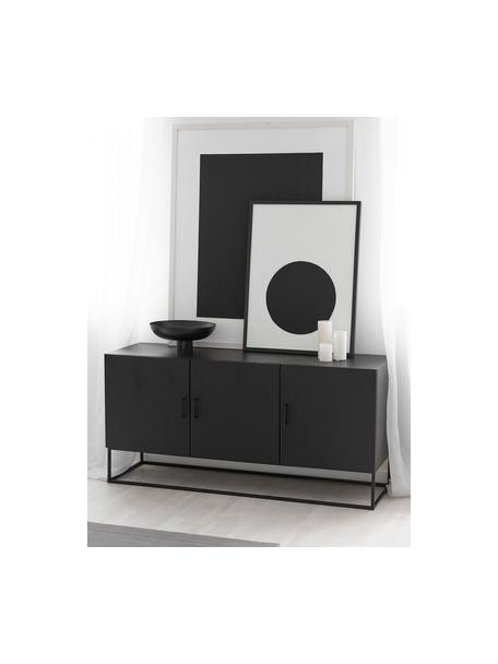Zwart dressoir Lyle met deuren van massief mangohout, Frame: gelakt massief mangohout, Zwart gelakt mangohout, 150 x 72 cm