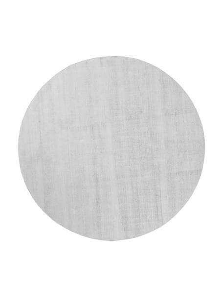 Tappeto rotondo in viscosa color grigio argento tessuto a mano Jane, Retro: 100% cotone, Grigio argento, Ø 115 cm (taglia S)