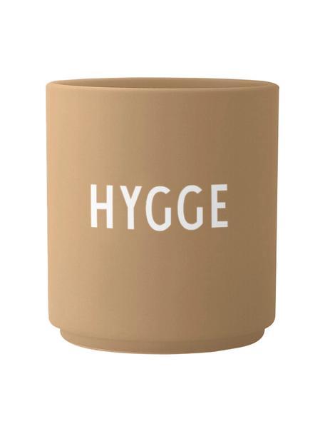 Design beker Favourite HYGGE in beige met opschrift, Fine Bone China (porselein), Beige, wit, Ø 8 x H 9 cm