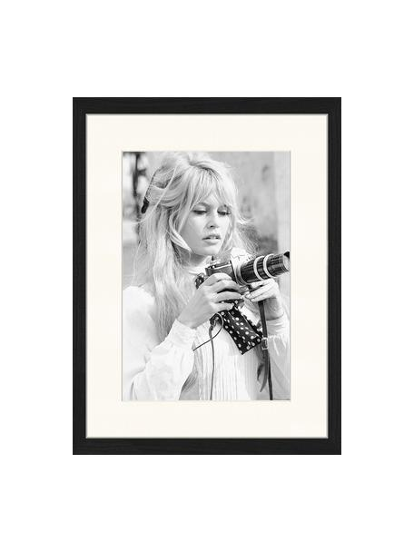 Impresión digital enmarcada Brigitte With Her Camera, Negro, blanco, An 33 x Al 43 cm