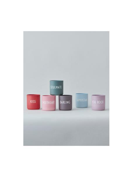 Taza de diseño Favourite DARLING, Porcelana fina de hueso (porcelana) Fine Bone China es una pasta de porcelana fosfática que se caracteriza por su brillo radiante y translúcido., Morado oscuro mate, blanco, Ø 8 x 9 cm