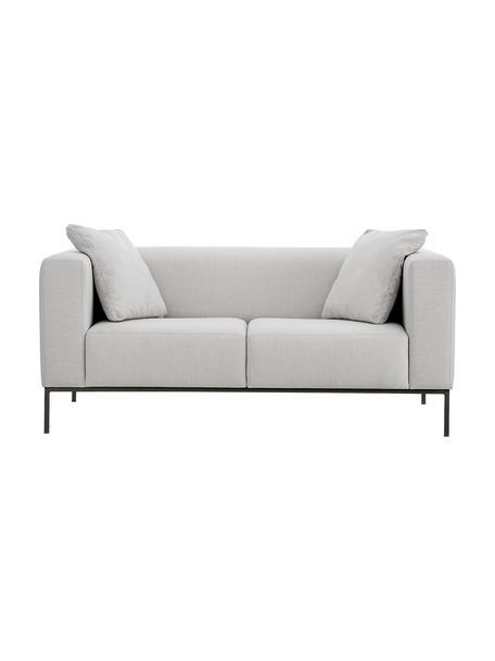 Bank Carrie (2-zits) in grijs met metalen poten, Bekleding: polyester, Frame: spaanplaat, hardboard, mu, Poten: gelakt metaal, Geweven stof grijs, B 176 x D 86 cm