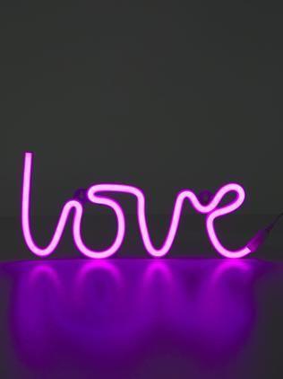 LED-Wandleuchte Love