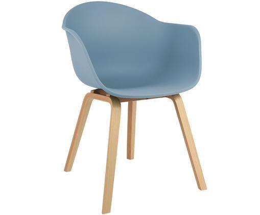 Kunststoffen armstoel Claire met houten poten, Zitvlak: kunststof, Poten: beukenhout, Zitvlak: blauw. Poten: beukenhoutkleurig, B 61 x D 58 cm