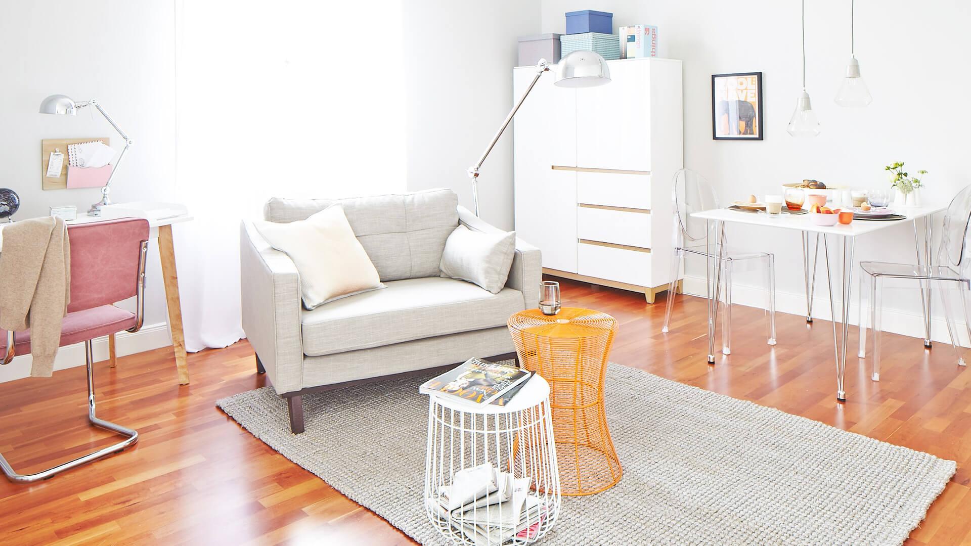 kleiner raum ganz gro so funktioniert unser look auch bei ihnen. Black Bedroom Furniture Sets. Home Design Ideas