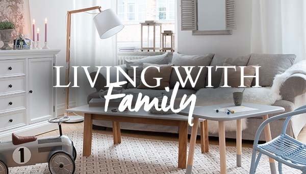Autres articles du look »Living with Family«