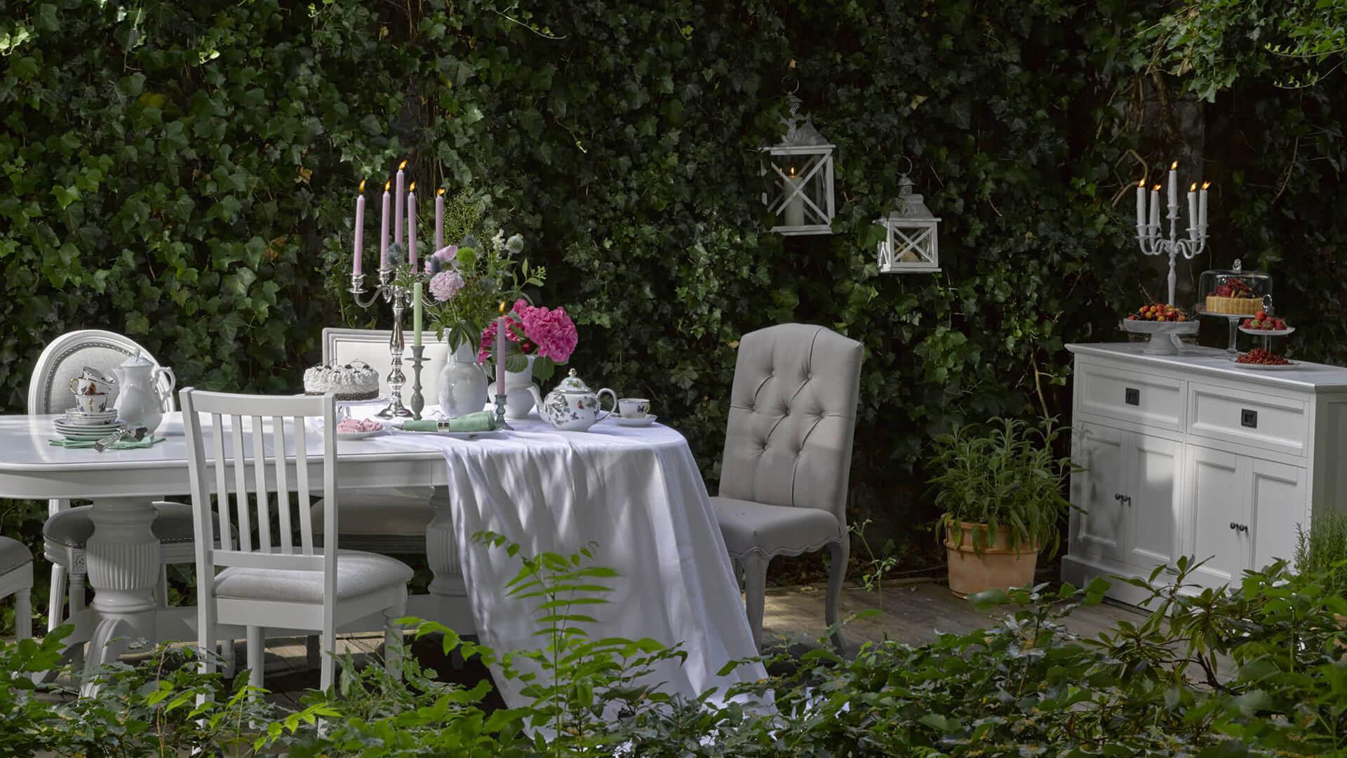 Romantic Teatime